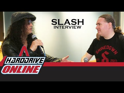 "SLASH talks about the new album ""LIVING THE DREAM"" with Myles Kennedy!"