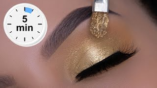 5 MINUTE Classic Golden Eye Makeup Tutorial | Christmas Glam