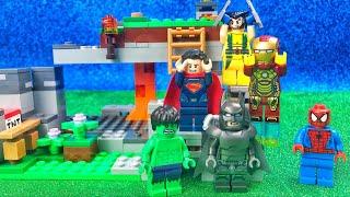 I Supereroi Lego scoprono il Mondo di Minecraft [Storie Lego]