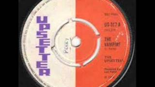 THE UPSETTERS - THE VAMPIRE.wmv