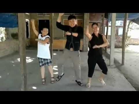 Chết cười với Gangnam style