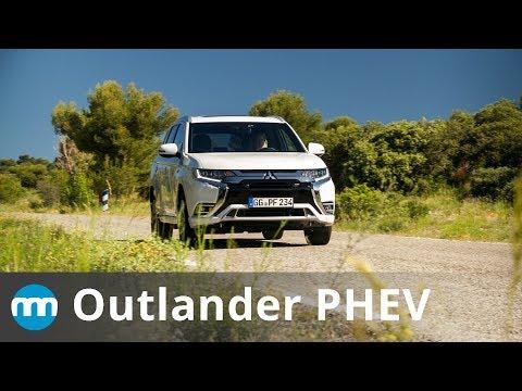 2019 Mitsubishi Outlander PHEV Review - New Motoring