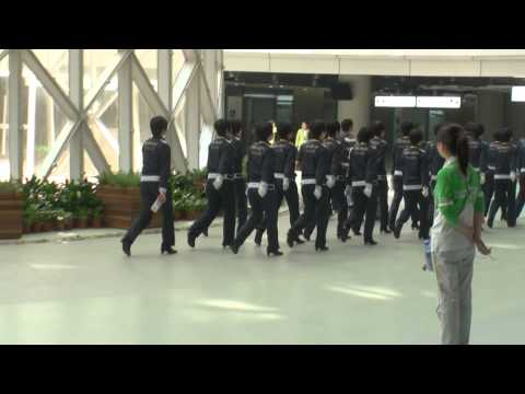 WOMEN 'S SECURITY  IN SHANGHAI TO EXPO2010