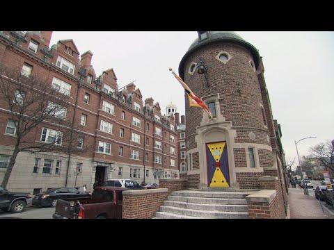 The Harvard Lampoon castle