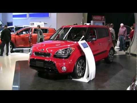 2012 Kia Soul Exterior and Interior at 2012 Montreal Auto show - Salon de l'Auto de Montreal