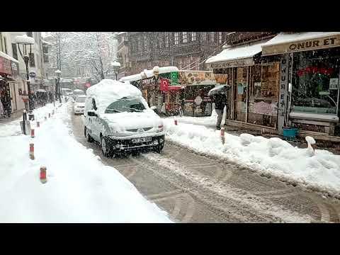 Bartın'da kar yağışı devam ediyor!