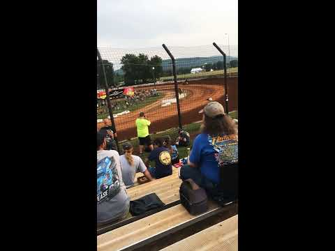 Jason Johnson throwing it into 3 at Williams grove speedway