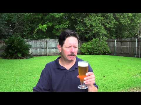 Louisiana Beer Reviews: Straub American Lager