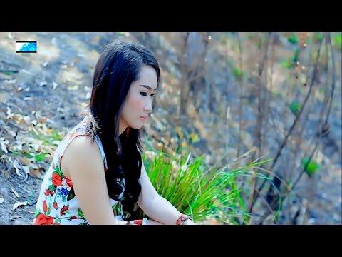 Nruab dab txhob tos (Official Music Video) - Nkauj Ntsuab Hawj thumbnail