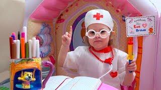 Ева играет в доктора для детей. Pretend Play Doctor for kids