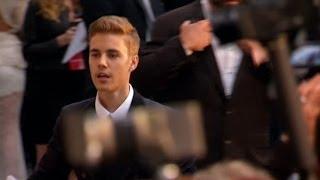 Justin Bieber, John Travolta and Aishwarya Rai Lead the Arrivals for Annual AIDS Research Event