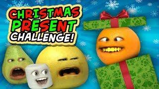 Annoying Orange - Christmas Present Challenge!