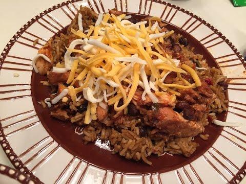 Slowcooker Salsa Chicken Foodie Friday