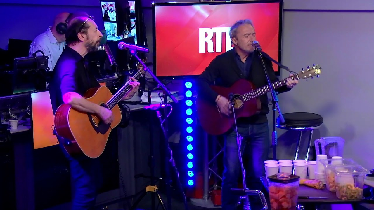 """Download Les Innocents chantent """"L'autre Finistère"""" en live"""