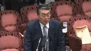 2人のトークの間に、石井議長がからんできます。