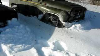 УАЗ против Нивы по снегу