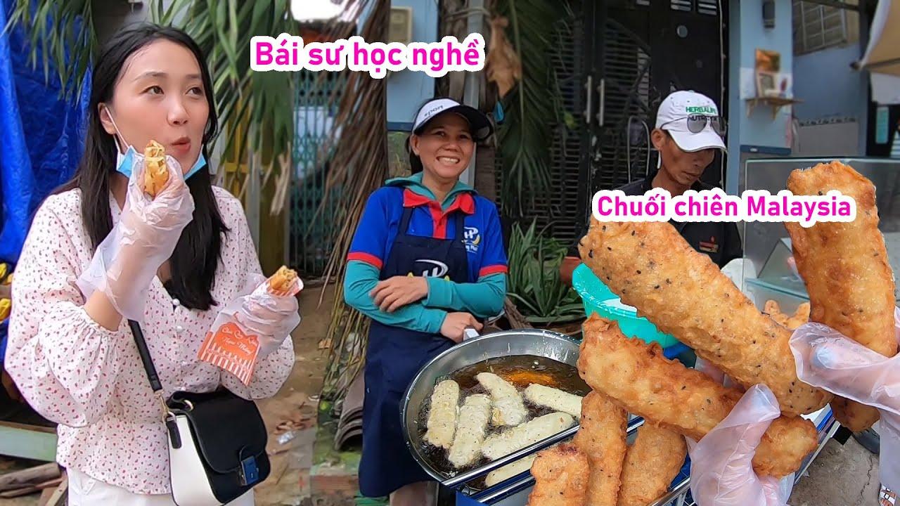 Bị ném đá, chị gái gốc Malaysia bán chuối chiên giòn đảm bảo hơn 4 tiếng biện minh như thế nào?
