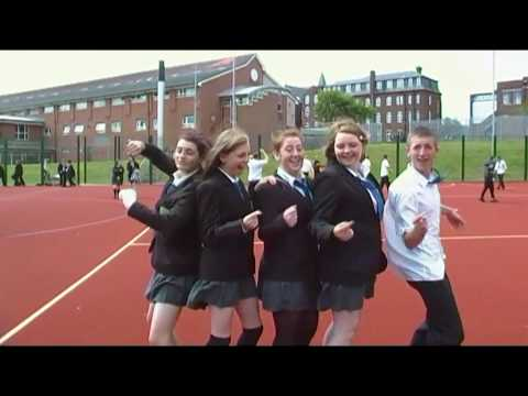 St-marys Catholic college footloose outtakes!! - YouTube