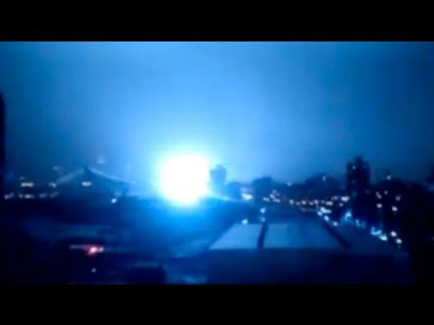 Superstorm Sandy: Power plant explodes in lower Manhattan