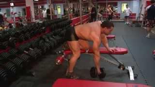 Упражнение на широчайшие мышцы спины - тяга гантели одной рукой(Упражнение рассчитано на прокачку большой круглой мышц, ромбовидной, широчайших мышц спина, а также трапец..., 2014-09-24T09:34:39.000Z)