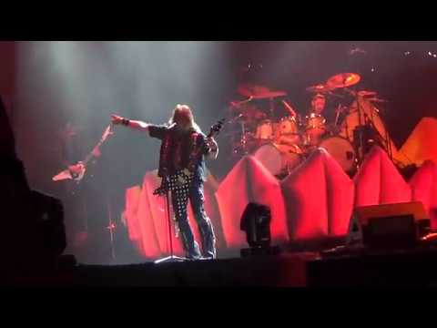 Helloween - Are You Metal? / Waiting for the Thunder / Perfect Gentleman / Hansen Medley