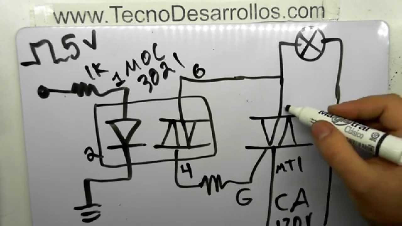 Circuito Optoacoplador : Conexión de optoacoplador para aislamiento de cargas de potencia