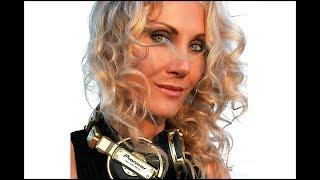 """DJ Elena aka Shake! music by-   Fadda Fox """"ducking"""""""