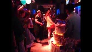 www.tortyk.ru Классная танцовщица SOFITINA на клубной вечеринке