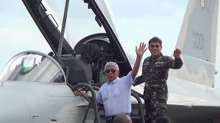 Philippine Air Force welcomes 2 new fighter jets
