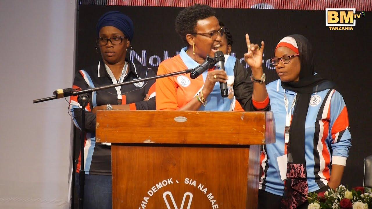 Halima Mdee Awasha MOTO Upya CHADEMA, Ukumbi Mzima Shangwe