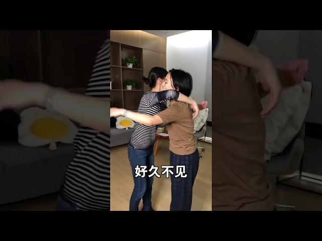 papi酱 - 女/男生很久没见,突然见面时【papi酱的迷你剧场】