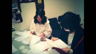 ちゃあぽん(西脇彩華) かんちゃん〖神〗(吉井香奈恵) レジャーシート柄...
