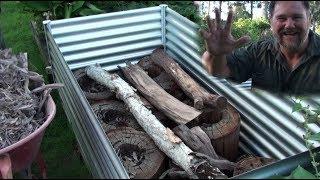 видео Продажа металлических кроватей