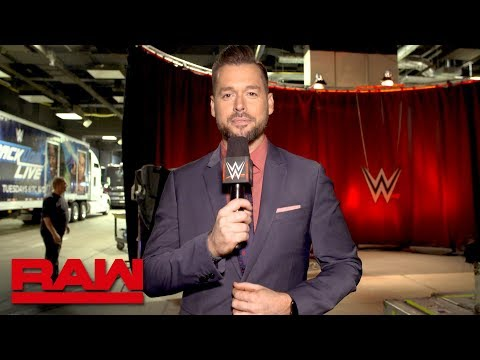 Every SmackDown LIVE Superstar is backstage at Raw tonight: Exclusive, April 16, 2018