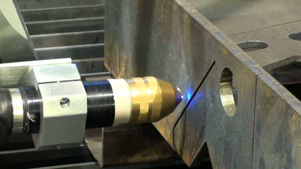 Combicut Robot 3d Plasma Cutting Mpg Youtube