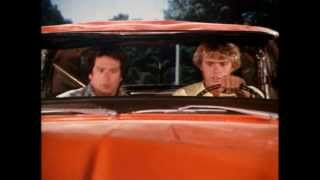The Dukes of Hazzard: General Lee hay bale stop