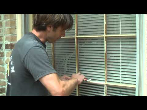 How To Glaze Window Pane Mpg Youtube