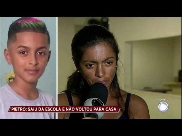 """Mãe luta para encontrar o filho de 11 anos: """"Não sei mais para onde correr"""""""