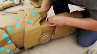 Repeat youtube video Making of IRON MAN w/ makedo & cardboard - 鋼鐵人 以美度扣&紙版製作