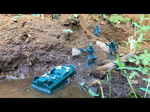 building-navy-seal-and-air-force-base-in-the-forest-|-toy-unboxing