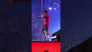 Bruno Mars 24K Magic World Tour (opening song) Finesse - Front row footage! Phoenix, AZ 11/7/17
