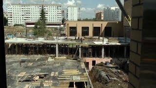 В микрорайоне Ключ-Камышенское плато возводят новую школу. Она станет самой большой в области