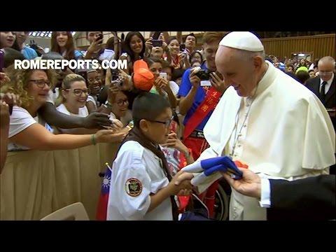 Đức Giáo Hoàng với Phong trào Thiếu Nhi Thánh Thể: Hãy can đảm!