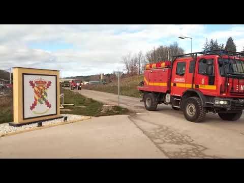 La UME abre las carreteras en Posada de Valdeón