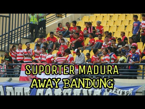 Suporter MADURA Bersatu Away BANDUNG
