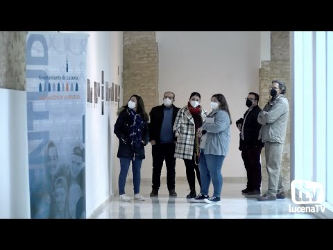 """VÍDEO: Más de 60 fotografías estrenan la exposición del concurso """"Parajes de lectura"""""""
