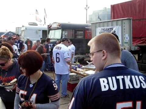 Your Chicago Tickets - Don McCauley tailgating with Da Bus in Southwest facilities