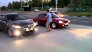 Toyota Camry 3.5 vs Lada Priora 130 hp