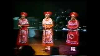 The Mahotella Queens - Pray The Good Lord