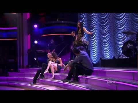 """Selena Gomez & The Scene - Hit The Lights (live on """"Dancing With The Stars"""")"""